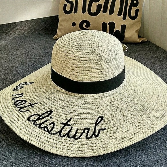 b5f34527aac *New* Do Not Disturb Beach Hat